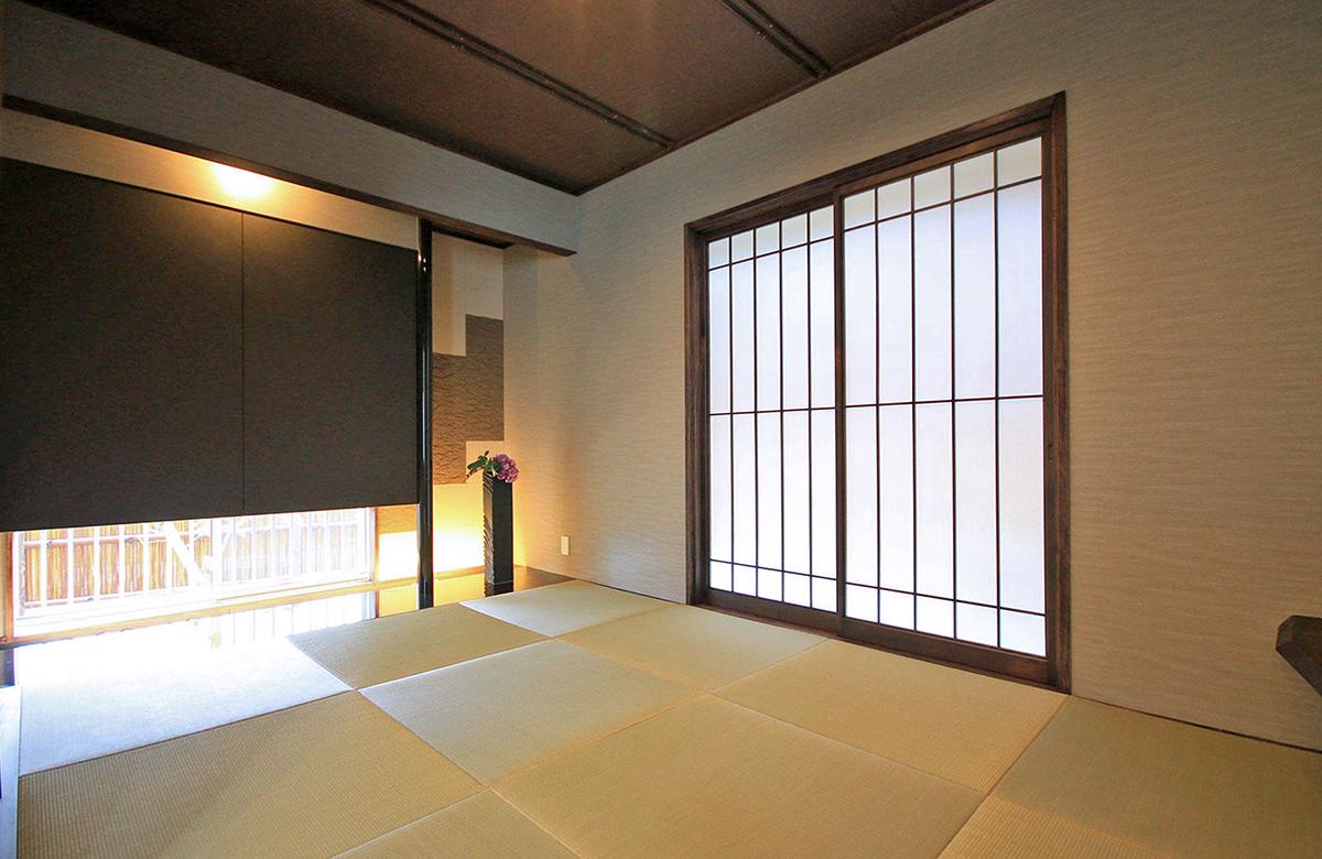 寛ぎの和室は上質な素材感や設えにこだわった