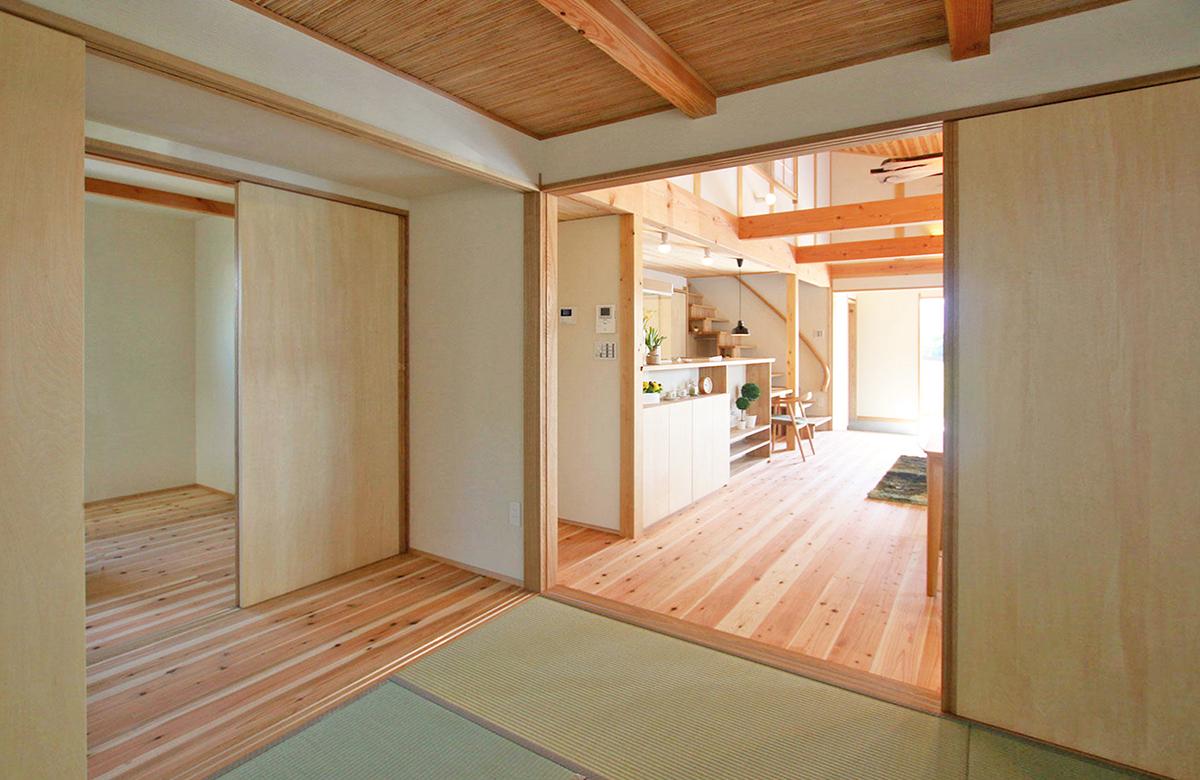 収納/居室を曖昧にした、絶妙に繋がる空間構成