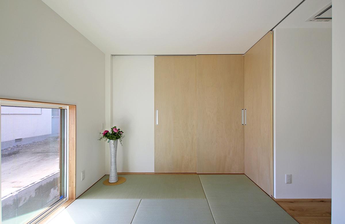 シンプルかつ上品に仕立てた和室